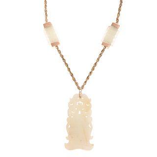A Ladies Jade Plaque Necklace in 14K Gold