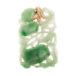 A Jadeite Pendant Late Qing with 14K Gold