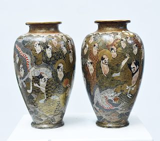 Good pair of Japanese Meiji period Satsuma vases