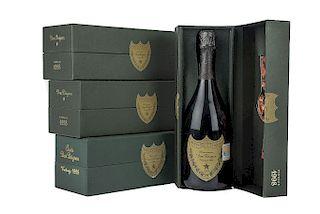 Cuvée Dom Pérignon. Vintage 1995 y 1998. Brut. Möet et Chandon á Épenay. France. Piezas: 4.