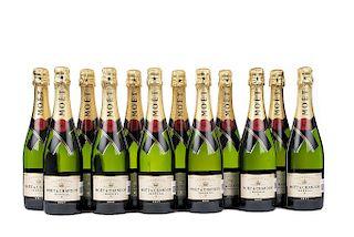 Möet & Chandon. Impérial. Brut. Champagne. France. Piezas: 12.