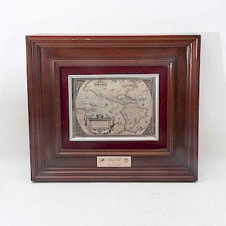 Mapa: Americae Sive Novi Orbis, Nova Descriptio. Años 70. De la Franklin Mint de México. En plata. Conmemorativo 50 años del IPGH.