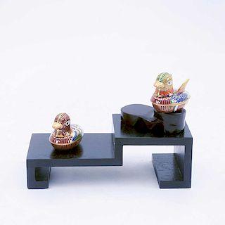 Juego de aves. China, siglo XX. Elaborados en metal dorado con esmalte cloisonné. Decorados con motivos orgánicos. Pzs: 4