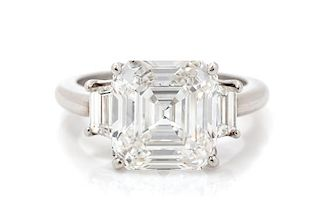 A Platinum and Diamond Ring, 4.70 dwts.