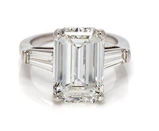 A Platinum and Diamond Ring, 5.10 dwts.