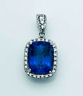 18k White 2.4g Gold With Over 2.5ct Tanzanite &
