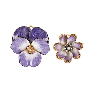 ART NOUVEAU ENAMELED YELLOW GOLD FLOWER HEAD BROOCHES