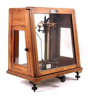 Sable's Brass Scientific Scale In Wooden Case
