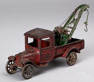 Arcade cast iron wrecker