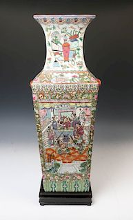 CANTON ROSE SQUARE FORM VASE W/ STAND, LATE QING