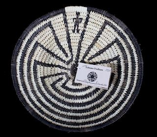 """Hand Woven O'odham """"Man In The Maze"""" Coil Basket"""