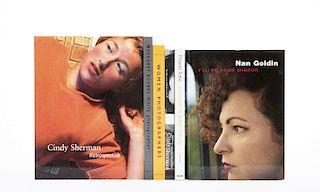 Cruz, Amada / Galassi, Peter / Goldin, Nan / Kimaric, Susan... Libros sobre Cindy Sherman, Nan Goldin, JoAnn Verburg... Piezas: 6.