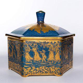 ROYAL DOULTON HEXAGONAL LUSTRE LIDDED BOX