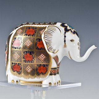 ROYAL CROWN DERBY ANIMAL FIGURINE, ELEPHANT