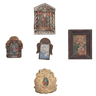 Lote de imágenes sacras. México, siglo XX. Óleo sobre lámina. Marcos de diferentes diseños e iconografías. Piezas: 5