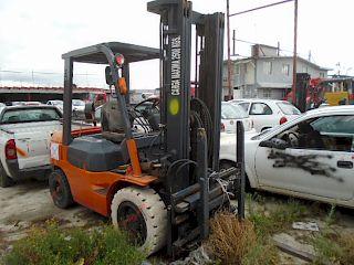 Montacargas Toyota 7FGU 2003