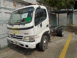 Chasis Cabina Hino 300/816 2009