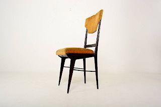 MId Century Modern Set of Eight Elegant Italian Dining Chairs