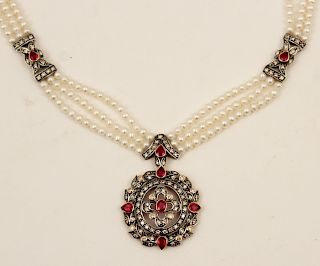 18K GOLD PEARL AND RUBY NECKLACE