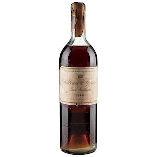 Château d'Yquem. Cosecha 1946. Lur - Saluces. Sauternes. Nivel: en la punta del hombro.