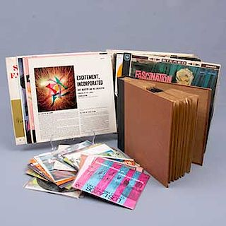 Colección de 250 discos. LP's. Diferentes géneros musicales. Consta de: a) Frank Sinatra. The world we knew. b) Sabu. Quiz...