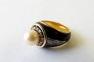 Black Enamel and Pearl Cocktail Ring