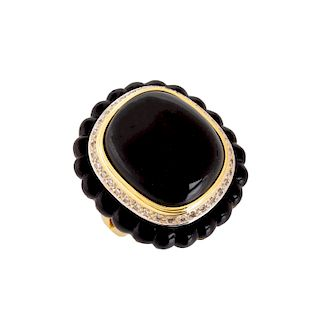 Onyx, Diamond and 18K Ring