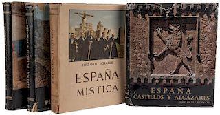 Ortíz Echagüe, José. España. Madrid: Publicaciones Ortíz Echagüe - Distribuidor Editorial Mayfe, 1954, 1957, 1959 y 1971. Piezas: 4.