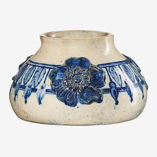 SUSAN FRACKLETON Vase