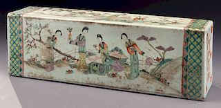 Chinese Qing famille rose porcelain pillow,