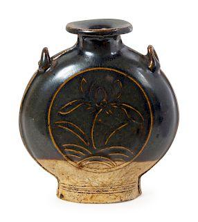 A ChineseJizhouyaoStoneware Jar Height 4 7/8 in., 12 cm.