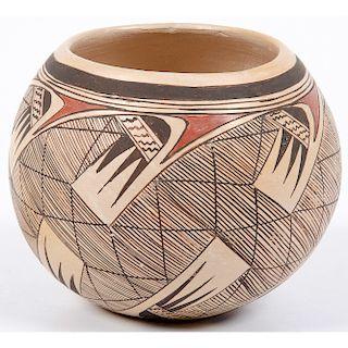 Rachel Sahmie Nampeyo (Hopi, b. 1956) Pottery Jar