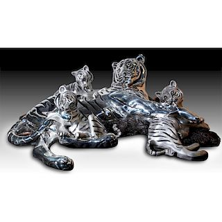 D'ARGENTA SILVER PLATED SCULPTURE TIGER MOM AND CUBS