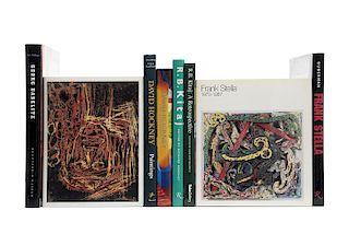 Libros sobre Artistas de la Posguerra, Frank Stella: An Illustrated Biography / David Hockney: A Retrospective... Piezas: 8.