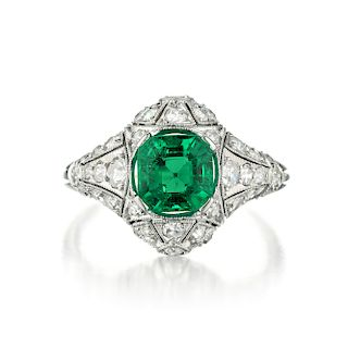 Antique Colombian Emerald and Diamond Ring