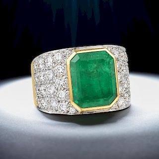 David Webb Colombian Emerald and Diamond Ring