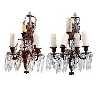 Par de arbotantes. Francia, siglo XX. Estilo Imperio. Elaboradas en bronce con aplicaciones de metal. Para 5 luces c/u. Piezas: 2