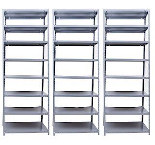 Juego de racks. Siglo XX. Elaborados en metal laqueado en gris. A 7 niveles c/u Piezas: 3