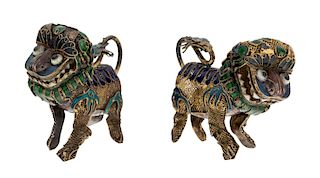 A PAIR OF ENAMELLED CHINESE LION FIGURINES, 20TH CENTURY