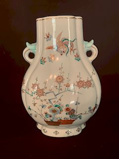 Large Kakiemon Style Vase, Meiji Period