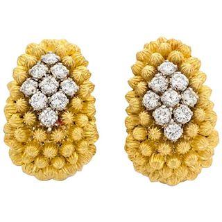 Italian 18 Karat Yellow Gold and 1.6 Carat Diamond Clip-On Earrings
