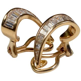 18 Karat Gold and Baguette Diamond Clip on Earrings
