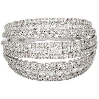18 Karat White Gold and 1.95 Carat Round Brilliant Diamond Ring