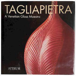 Tagliapietra, A Venetian Glass Maestro, 1998