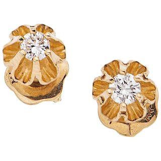 PAIR OF DIAMONDS EARRINGS. 14K YELLOW GOLD