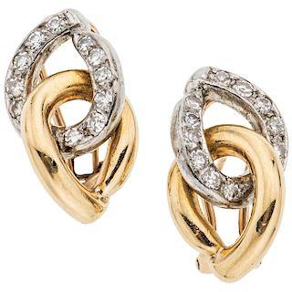 PAIR OF DIAMONDS EARRINGS. 14K YELLOW GOLD AND PALLADIUM SILVER
