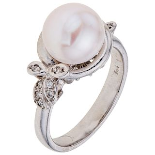 CULTURED PEARL AND DIAMONDS RING. 14K WHITE GOLD