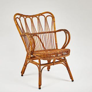 CHAIR IN RATTAN