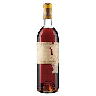 Château d'Yquem. Cosecha 1967. Lur Saluces. Sauternes. Nivel: en la punta del hombro.