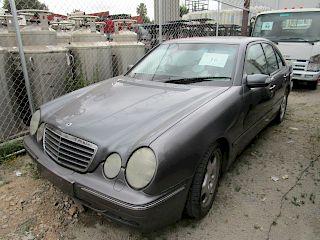 Automovil Mercedes Benz E4302001